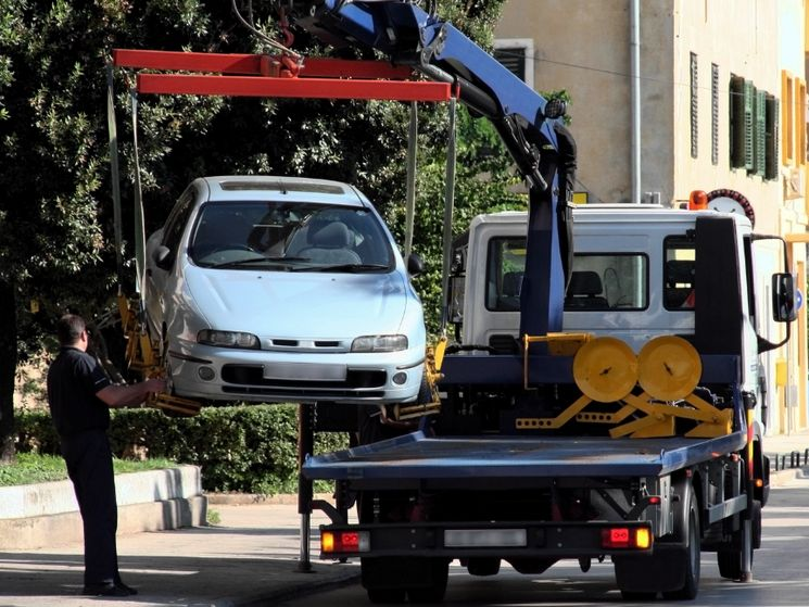 Что делать, если Ваш автомобиль поврежден при эвакуации