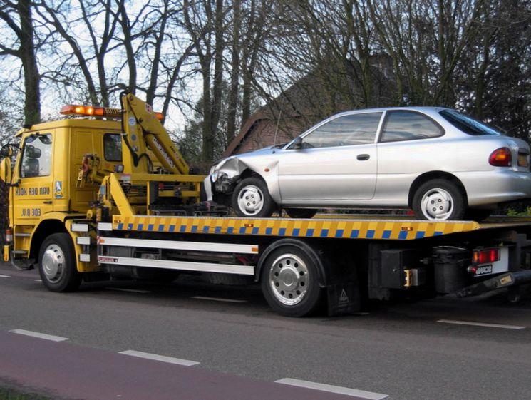 Что предпринять, если Ваш автомобиль был поврежден при эвакуации