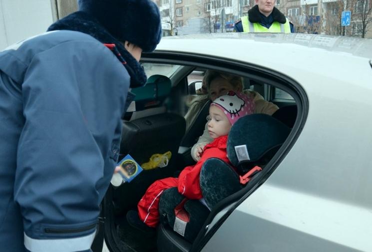 Что грозит водителю автомобиля без детского кресла