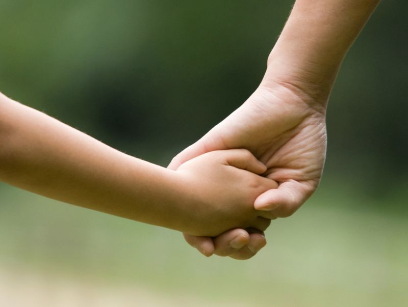 Как инициировать отмену усыновления ребенка