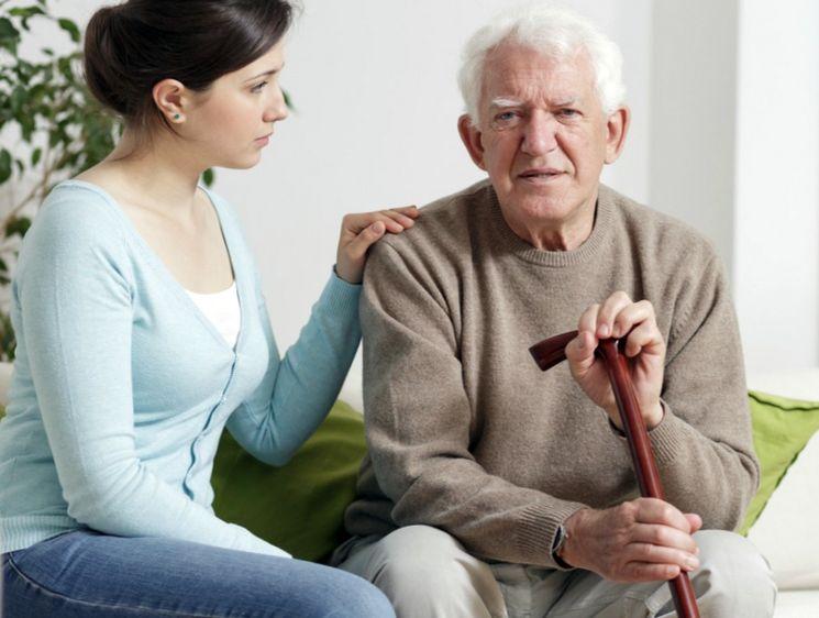 Как стать опекуном престарелого родственника