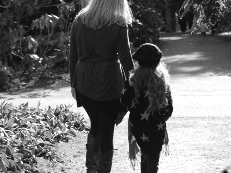 Можно ли отказаться от родительских прав