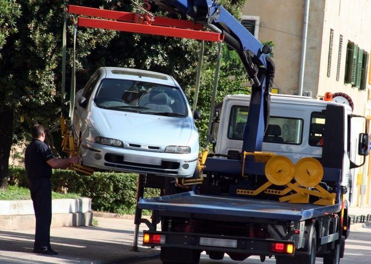 Правила эвакуации автомобиля на штрафплощадку