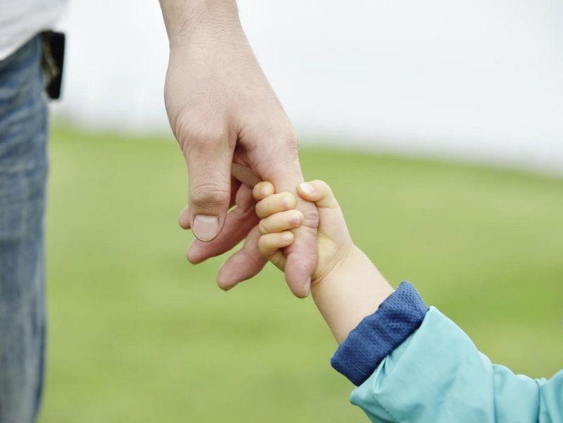 Добровольное установление отцовства - условия, документы, информация о процедуре установления отцовства