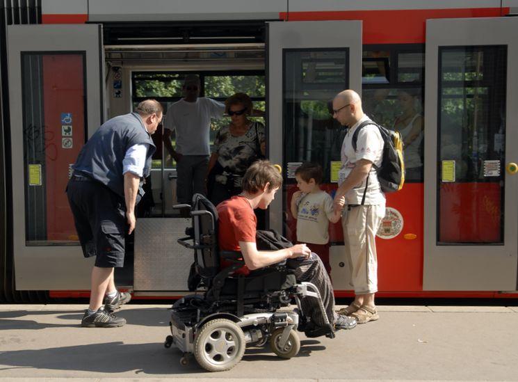 Право на льготный проезд для детей – инвалидов