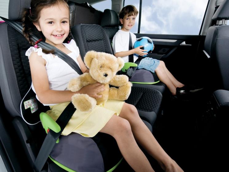 Регламентирование систем безопасности для перевозки детей в авто