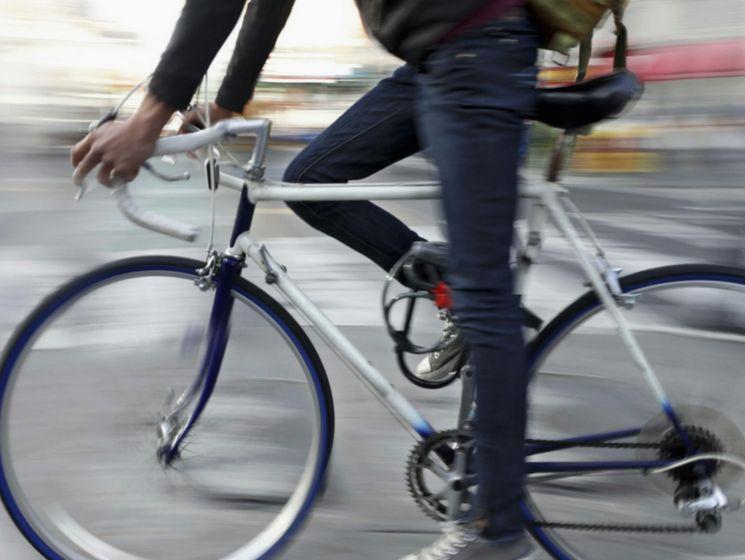Какие существуют требования к движению велосипедистов и водителей мопедов