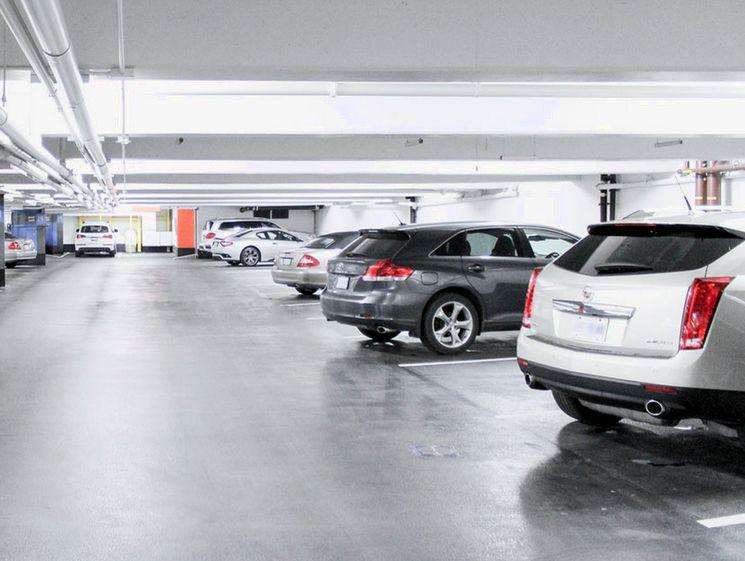 Важные моменты при заключении договора хранения автомобиля на платной стоянке